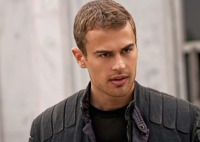 Theo James 2015 Wwwpixsharkcom Images Galleries With